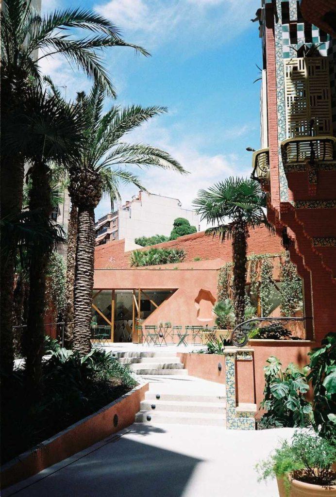 MYBARRIO Casa Vicens 6