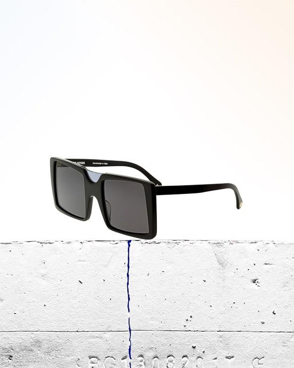 Gafas de sol Simone negras MYBARRIO Alfred Kerbs 2