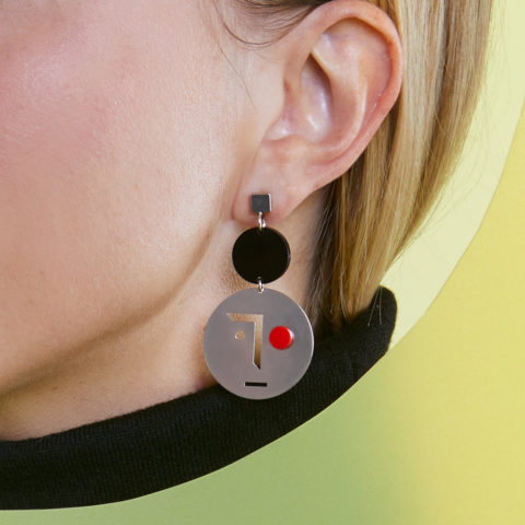 Red and silver earrings Face To Face
