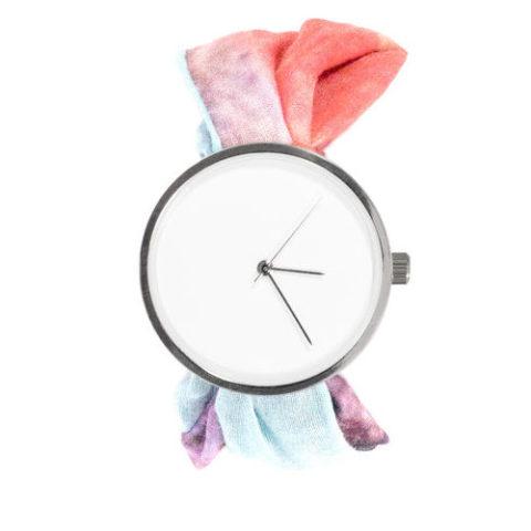 Reloj pañuelo estampado 5:47pm
