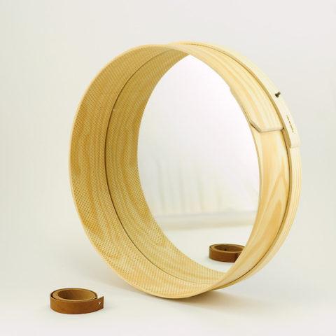 Large pine wood Peneira mirror