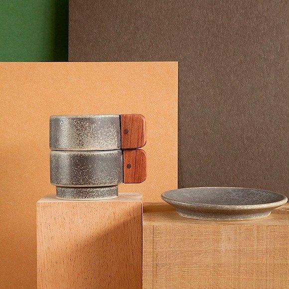 Tazas de café grises con asa de madera MYBARRIO MATÍMAÑANA II