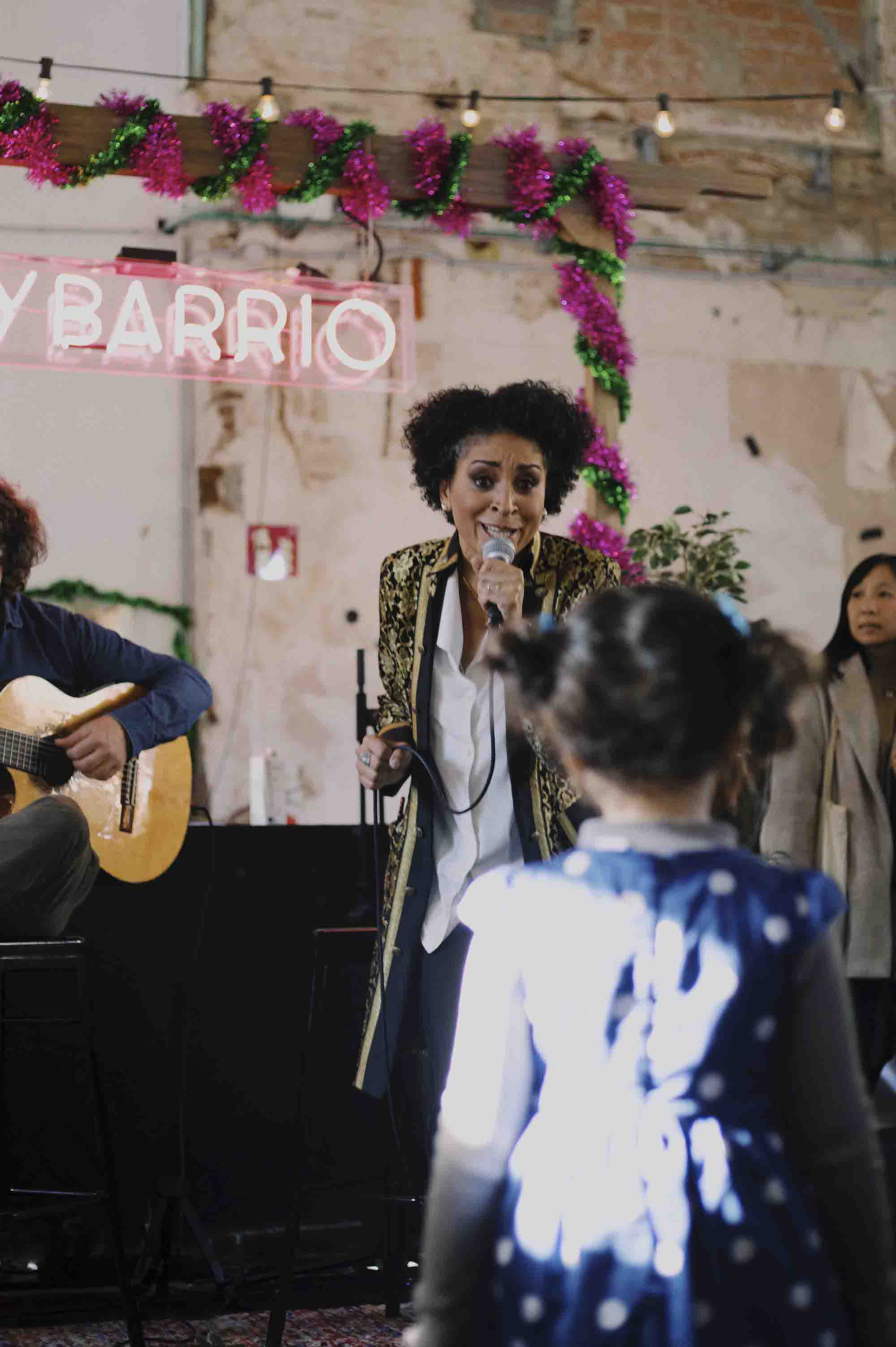 MYBARRIO Pop Up Hivern Sant Pau - Musica en vivo - Maracujá Project