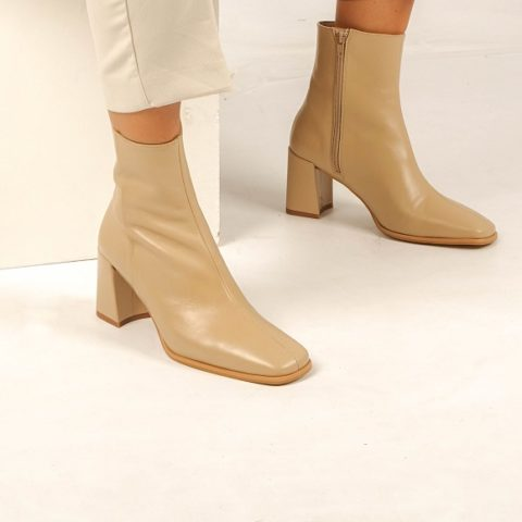 Cream leather ankle boot